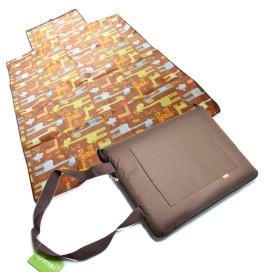 Piknik matrac 150x135 cm – vállra akasztható / barna